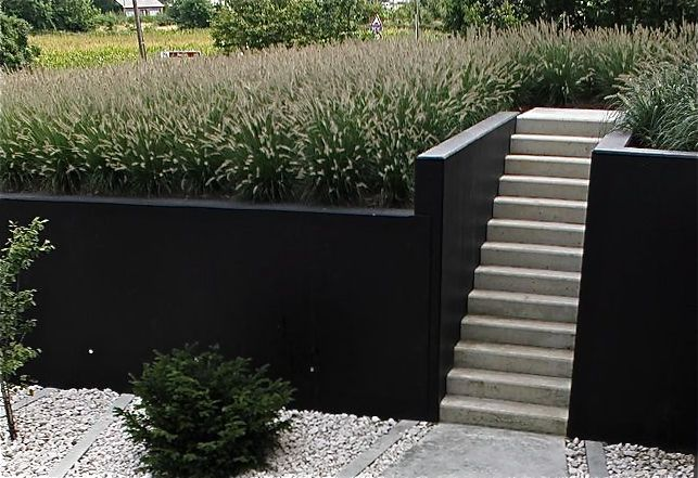Painted retaining wall killer views in 2019 concrete - Painting cinder blocks for garden ...