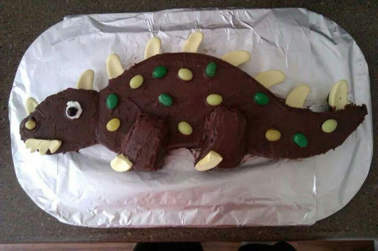 Oscar's 4th - dinosaur cake