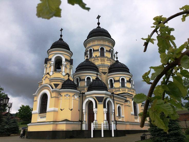 Republica Moldova: Mănăstirea Căpriana, locul unde istoria şi religia se împletesc – GALERIE FOTO : Europa FM