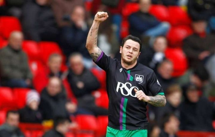 Ligue 1 side Olympique de Marseille are understood to have approached Bristol City striker Lee Tomlin about a possible January  Source