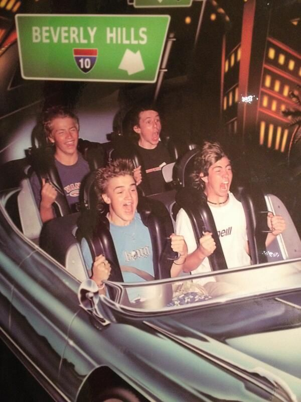 """Tom Fletcher, Danny Jones & James Bourne - haha who the f* is that random kid in the back?! Danny, James and Tom are like """"holy crap!"""" and then the other kid is like """"lol"""""""