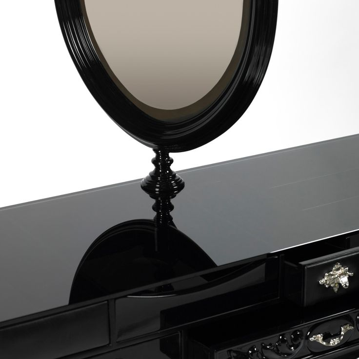 Featuring a classic design style, this solid wood handmade dressing table is an exclusive piece of furniture that lends a unique decorative touch to your bathroom. Curious about it? Visit it us at Maison Objet Paris 2017.	http://www.maisonvalentina.net/en/products/casegoods/melrose-dressing-table/