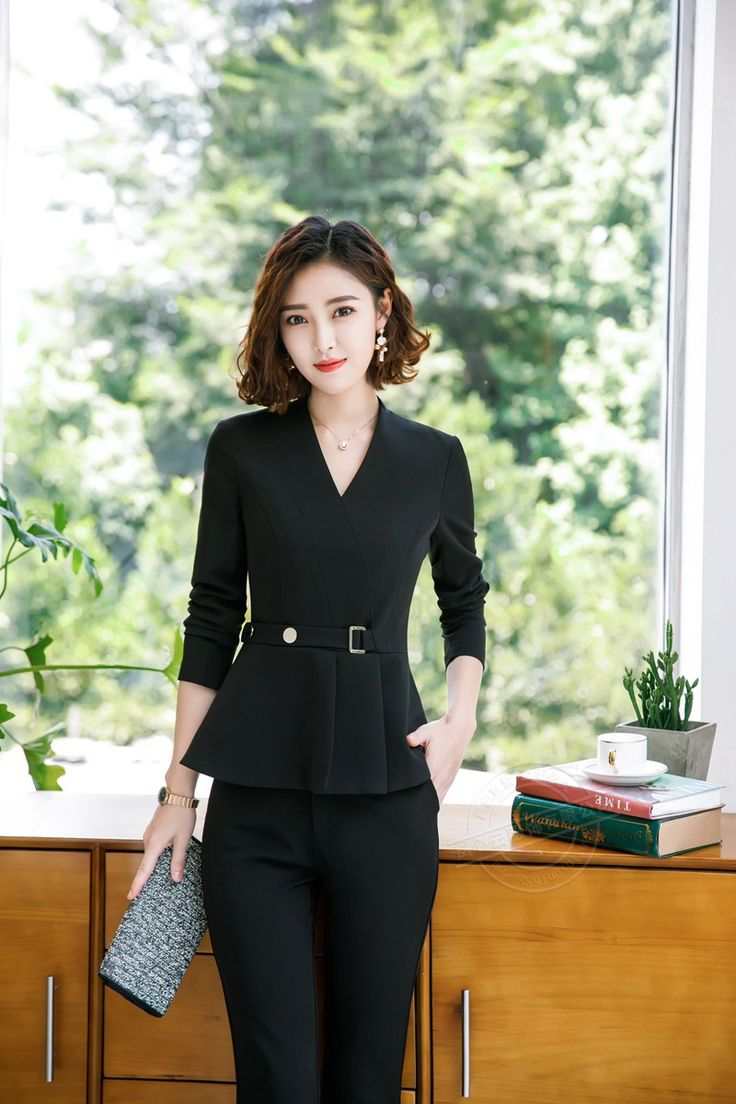 Фотография красивой китаянки бизнес леди #14