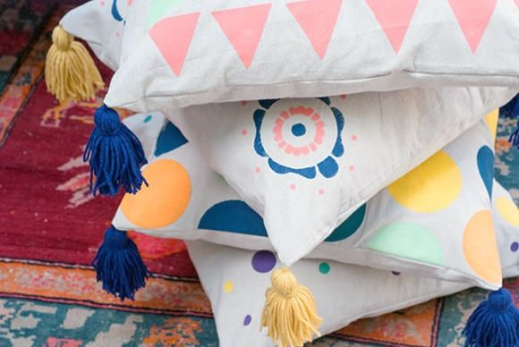 »Make Giant Floor Pillows With Handmade Charlotte At The Makerie Craft Retreat April 2014
