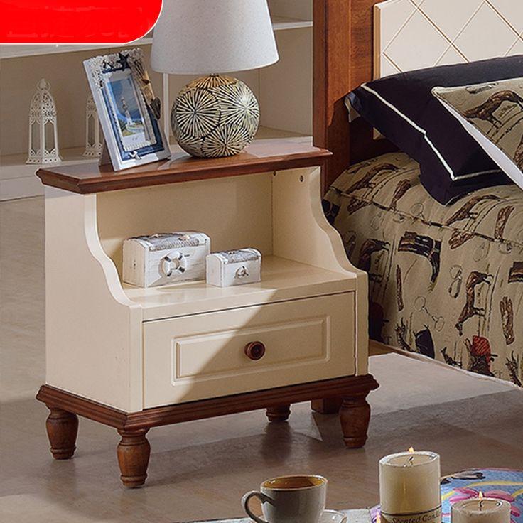 Бежевая тумба в комнату ребенка с коричневым обрамлением из массива дерева купить в интернет-магазине мебели https://lafred.ru/catalog/catalog/detail/41205528001/