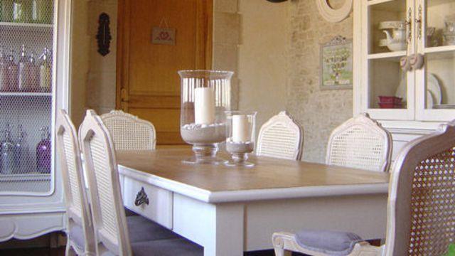 9 best MEUBLES VINTAGE TECHNIQUES CIRE PONÇAGE OU CHIFFON HUMIDE SUR - Peindre Table De Chevet