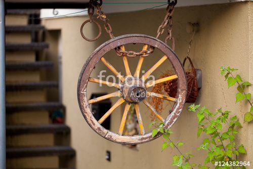 """Laden Sie das lizenzfreie Foto """"Altes Rad"""" von Photocreatief zum günstigen Preis auf Fotolia.com herunter. Stöbern Sie in unserer Bilddatenbank und finden Sie schnell das perfekte Stockfoto für Ihr Marketing-Projekt!"""