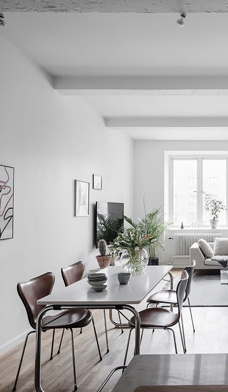 Bright living room with an industrial touch - via Coco Lapine Design blog  | Scandinavian Interior Design |#scandinavian#interior