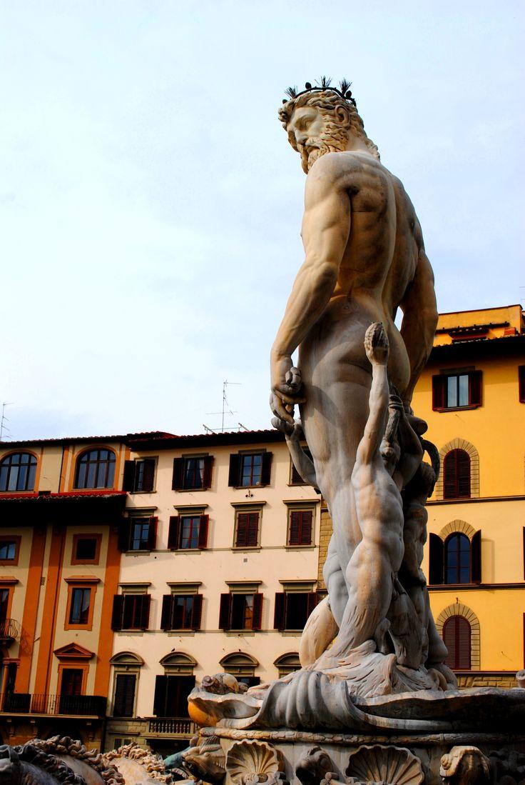 A View Floransa Square