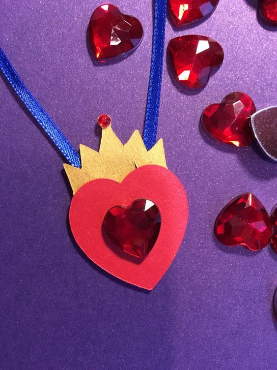 10 Disney Descendants Inspired Evie Crown Heart Necklace With Gems Party Favors, Descendants Party Favor: