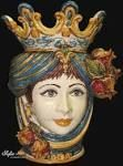Teste Regina, con drappo e decori tradizionali. Pottery from Caltagirone  #TestediMoro #Ceramica #Sicilia #OpuntiaPutia #OpuntiaStore #tradizione #leggenda