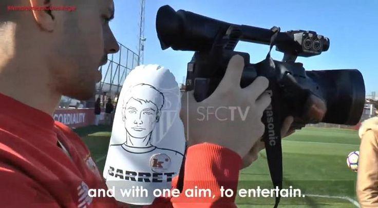 Vitolo en un MANNEQUIN CHALLENGE del Sevilla fc