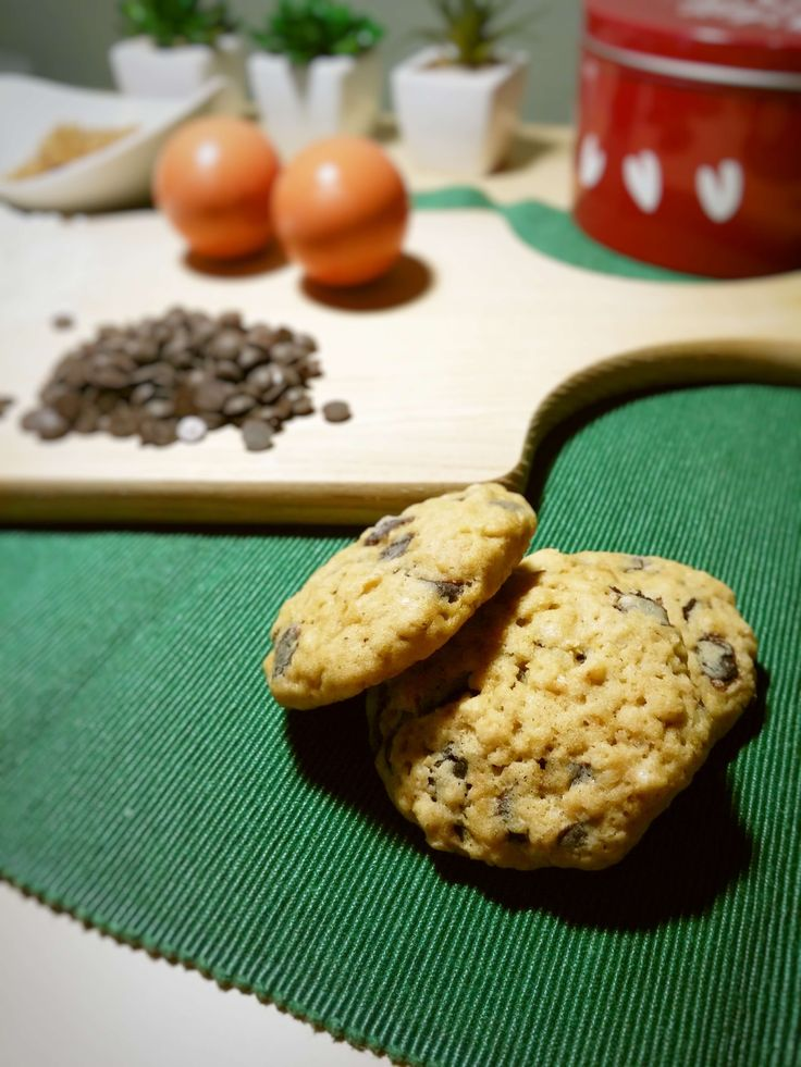 Cookies with oatmeal and chocolate chips - Violetmimosa