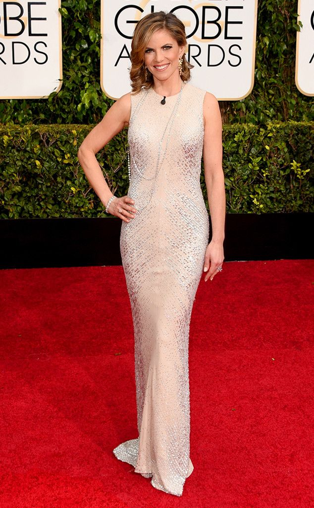 How gorgeous is Natalie Morales's 2015 Golden Globes look?!