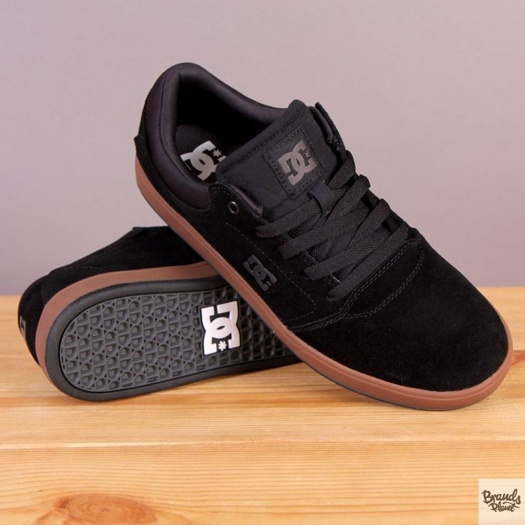Czarne buty sportowe na brązowej podeszwie DC Crisis Black / www.brandsplanet.pl / #dc shoes #skateboarding