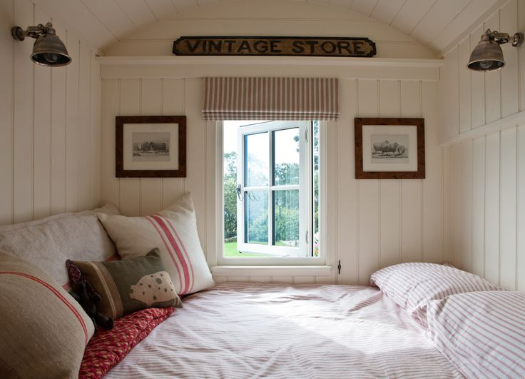 page | The Old Granary & Shepherd's Hut