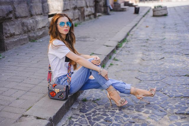 #style #fashion #lookbook #look #jeans #shoes #sandals #deezee