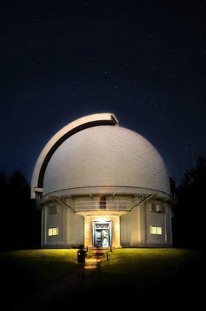 #David #Dunlap #Observatory is the famous observatory site situated in Observatory Hill. It has become the main spot for science and astronomical activities. Click here for more info.