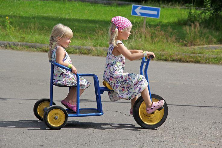 Loads of fun guaranteed for everybody in the popular pedal car park. www.kesamaa.fi