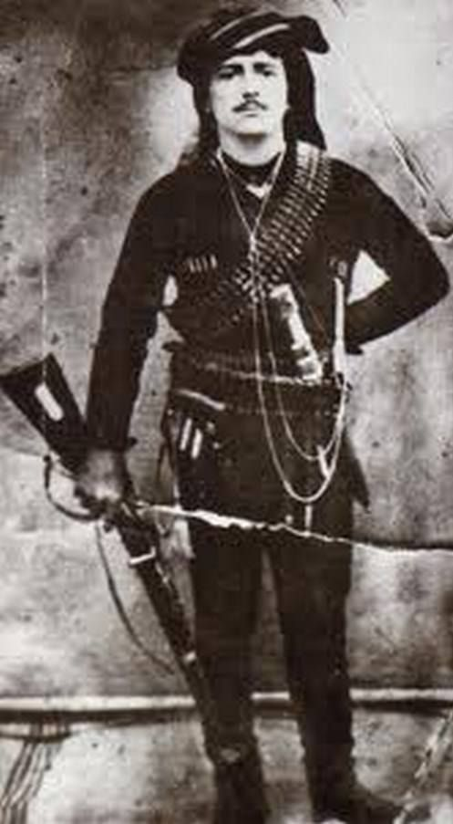 Portrait of a Greek (Pontos) insurgent in 1922. Costume of the people's militia, from the Trabzon region.