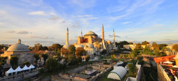 Consider hiring a private tour guide for your Hagia Sophia visit in Istanbul, Turkey. Hagia Sophia private tour 2017.