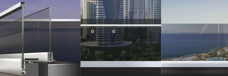 #parapetti in vetro Alumil M8200, sistema di supporto di  #pannelli di vetro verticale senza nessun montante intermedio: la vista non è interrotta e in questa maniera si offre un senso di libertà ! Sono #divisori di alta qualità per ambienti interni o esterni in #edifici pubblici, #centricommerciali, #alberghi e #residenze moderne. Vetro #laminato #temperato, installazione veloce e semplice.