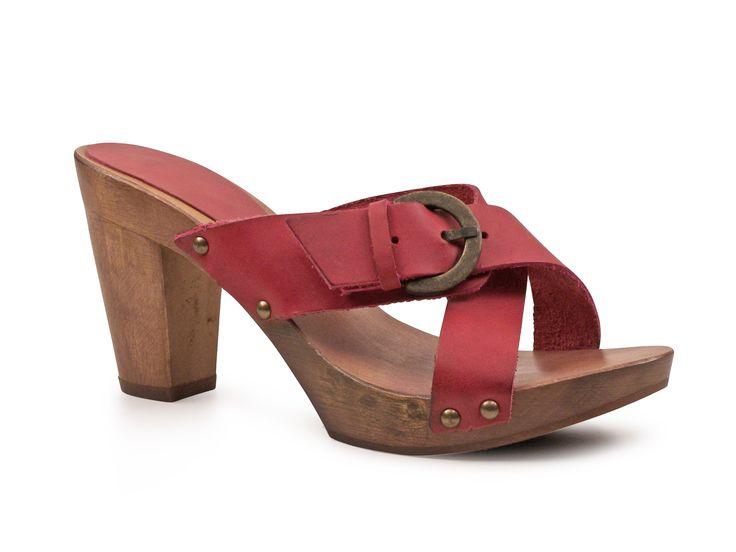 Handmade women's fuchsia leather wooden heels mules