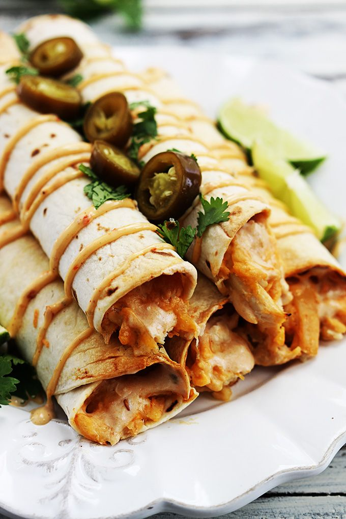 Slow Cooker Creamy Chipotle Chicken Taquitos @FoodBlogs
