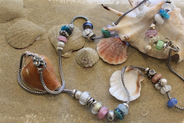 @Trollbeads USA Do you wanna come to the beach with us??? le-tue-storie-preziose