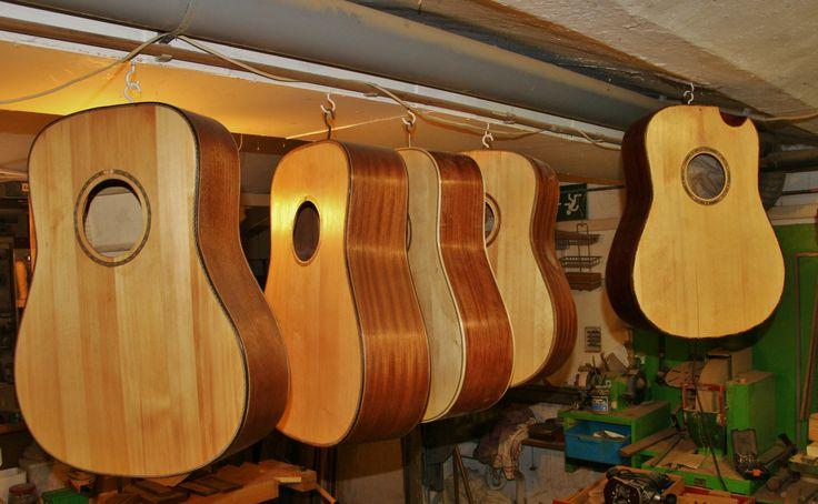 fünf Gitarren der 2.Serie