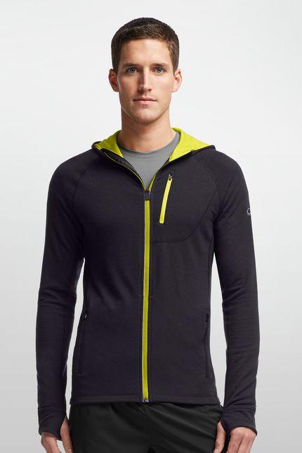Quantum Long Sleeve Zip Hood   La première fois que vous porterez un Quantum Long Sleeve Zip Hoodie, vous serez surpris par le mélange de légèreté, de chaleur et de douceur. Si vous le portez pour une randonnée à pied ou à ski ou pour courir par temps froid, vous serez frappé de voir comme il respire bien quand votre température augmente. Le tissu éponge en mérinos au grammage intermédiaire 260 g aide à évacuer l'humidité de votre corps et est confortable dans une large gamme de…