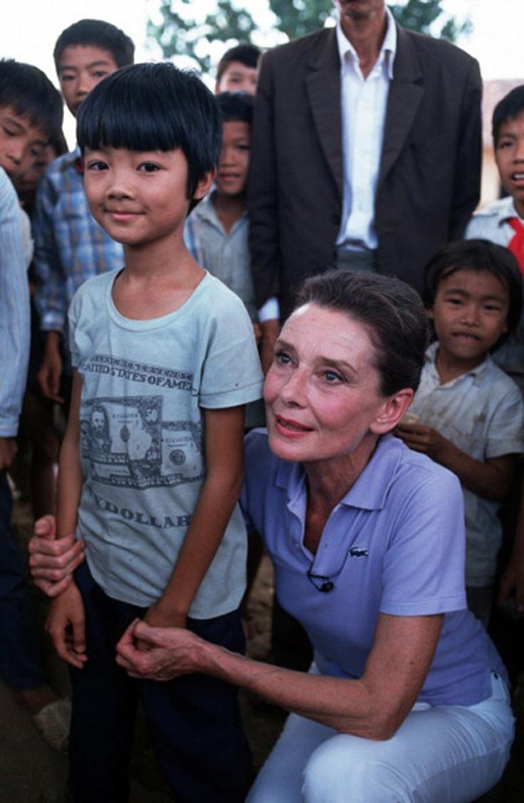 Audrey Hepburn, 1990 (in Vietnam) [UNICEF]