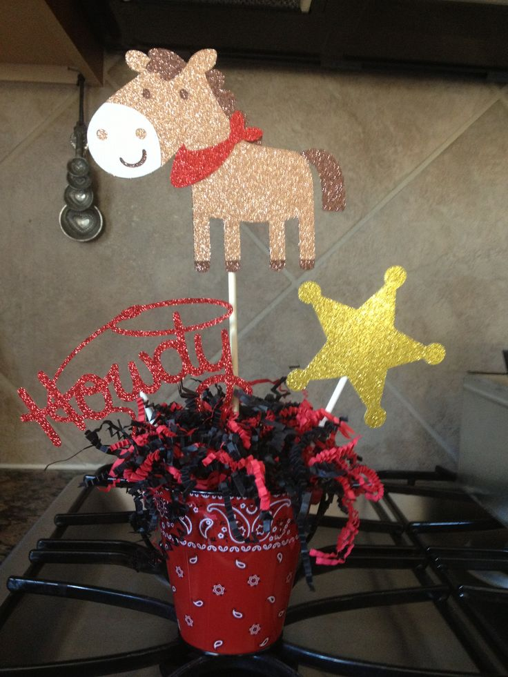 Cowboy party centerpieces