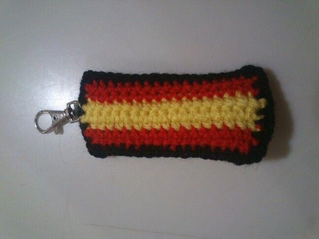 Llavero bandera española. Crochet. Patrón propio.
