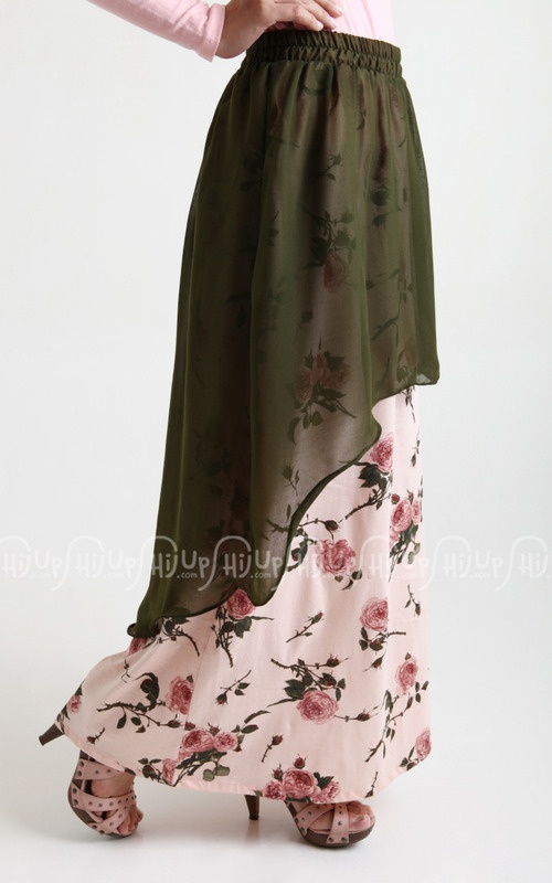 Bloomy Curve Skirt from Simply Mii. Love it ^^ www.hijup.com