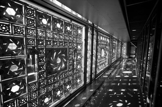 Institut du Monde Arabe • Paris • Jean Nouvel • 1987