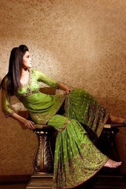 Thanks to Kareena Kapoor Sharara (Bifurcated Skirt) making a comeback