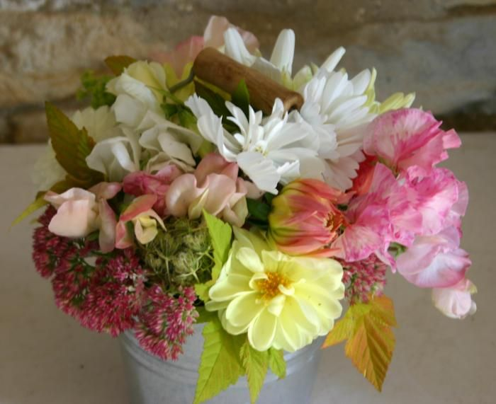 Best 25 grow your own wedding flowers ideas on pinterest for Design your own flower arrangement