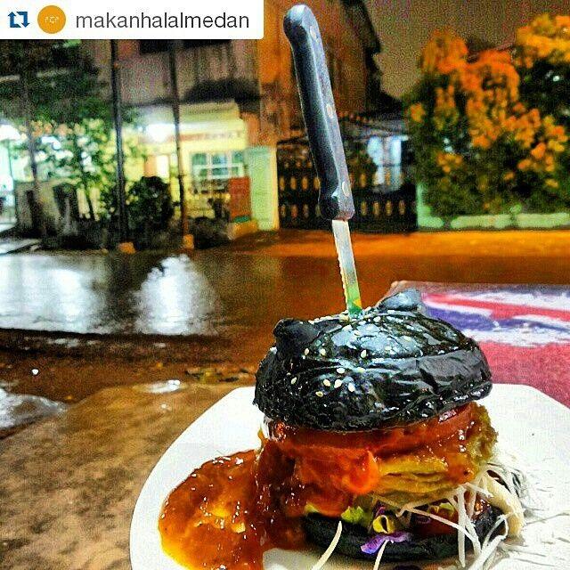 Black angel @jackpott burger cafe