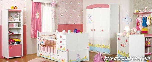 Bebek Odası Perde Modelleri 2016 - http://www.bizkadinlaricin.com/bebek-odasi-perde-modelleri-2016.html  Bebek odası dekorlerken özenilmesi gereken şeylerden biri de perdelerdir. Bebek odası perde modelleri 2016 resim galerimizde perde satın almak isteyen sizlere fikir verebilecek birbirinden güzel perdelere yer verdik. Kız bebekler için genelde pembe, kırmızı, sarı tonda perdeler tercih edilirken, erkek bebeklere mavi, yeşil, beyaz tonları ebeveynlerce talep
