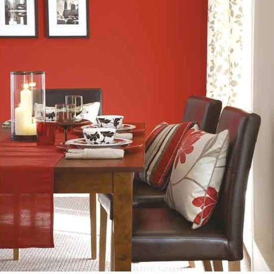 Red Dining Room - Love the accent pillows and table runner