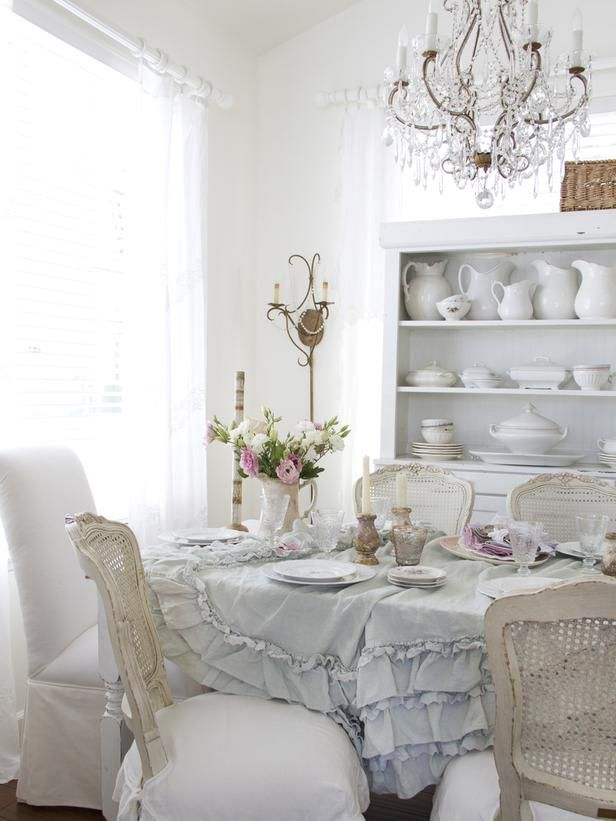 great soft table setting  x
