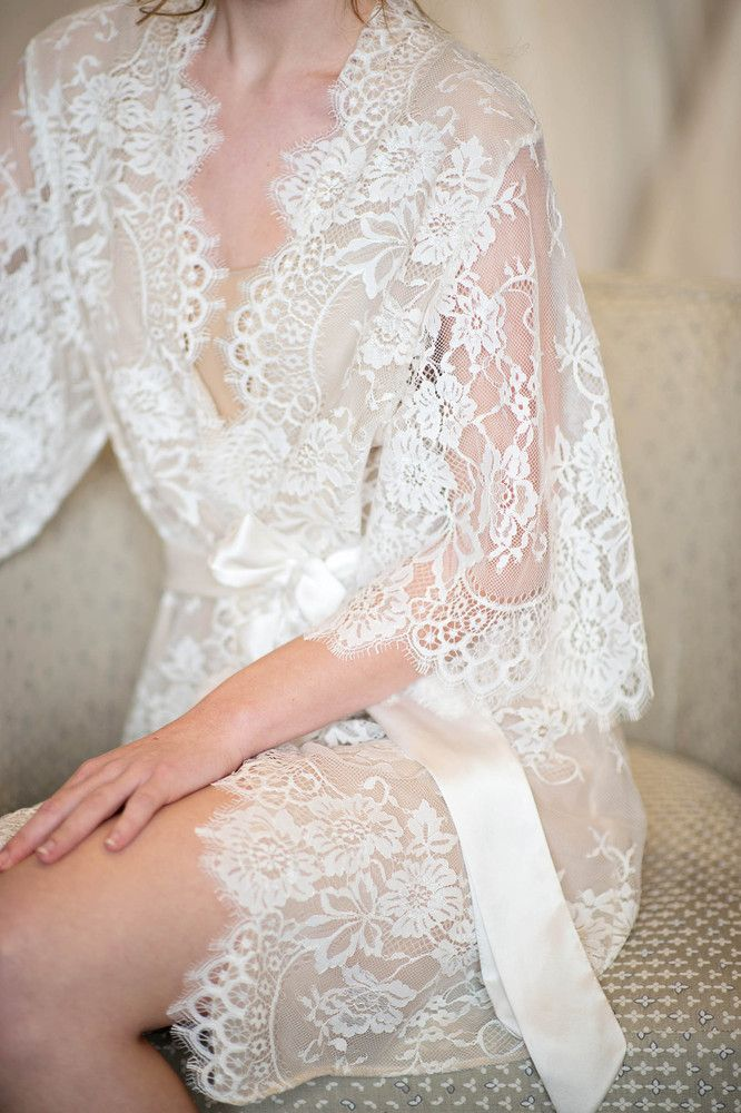 pretty little things | lace bridal robe | via: lingerie addict too pretty swan lace from girl with a serious dream x