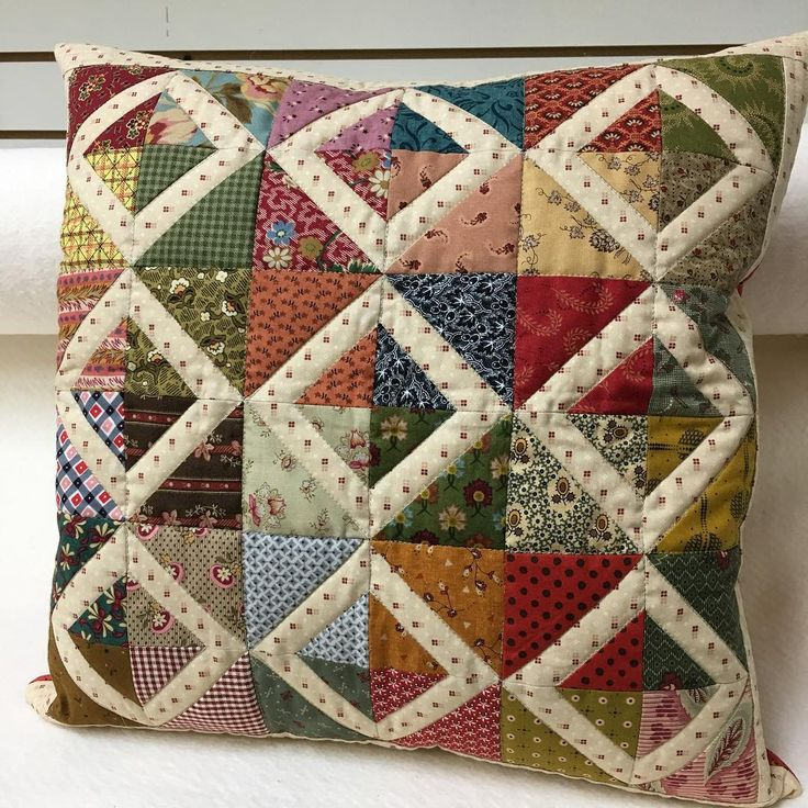 "284 Likes, 15 Comments - Wendy (@threadtales) on Instagram: ""Pillow is finished. I took a paper pieced pattern and changed it. #madebyme #pillow #scrapquilt…"""