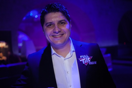 It happened at Eureka Dubrovnik. Robert Cezarescu, well known Romanian pro player, becomes Full Tilt Poker Ambassador. Congrats!