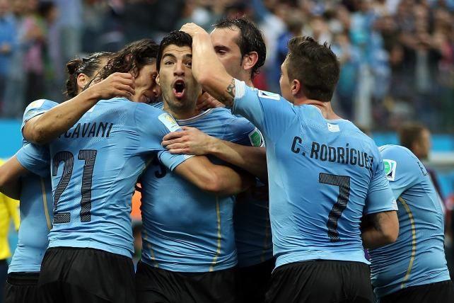Tras la octava jornada del Mundial de Brasil 2014, los usuarios de univision deportes eligieron a los 10 futbolistas del dia entre los que destacan jugadores de Uruguay.