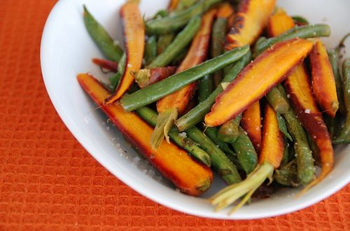 Green Beans are one of my favorite Low Fodmap veggies. And I've been pleased to find a few different ways to prepare them. I'm also pleased to say that I enjoy Trader Joe's Frozen French Cut Gree...