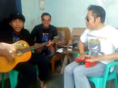 Lagu BANG MAMAN dan ISTRI SIMPANAN... Keren.. Jadi makin terkenal nih Bang Maman.... wkwkwkwk....