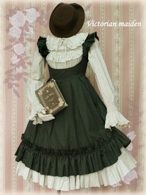 Victorian maiden - Apron frill dress