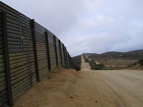 Massachusetts sheriff offers Trump inmate labor to build The Wall - http://americanlibertypac.com/2017/01/massachusetts-sheriff-offers-trump-inmate-labor-build-wall/ | #DonaldTrump, #Immigration | American Liberty PAC